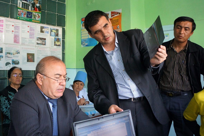 ウズベキスタン・パートナーにインタビュー